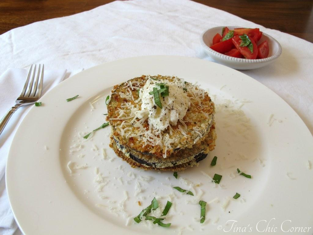 Aren't the layers of eggplant and ricotta cheese so pretty? It looks ...