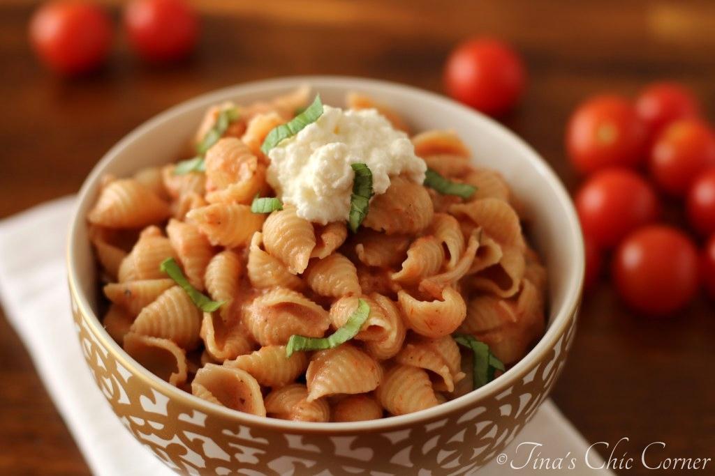 Pasta With Kale Sauce – Tina's Chic Corner
