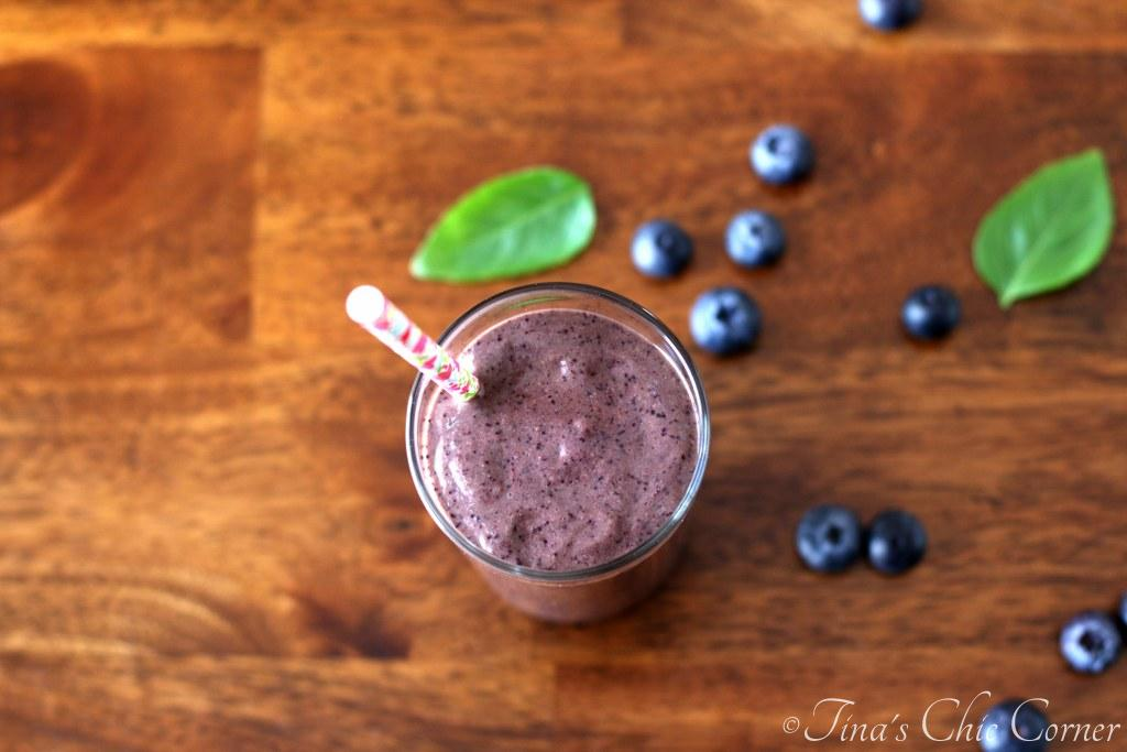 01Blueberry Basil Smoothie