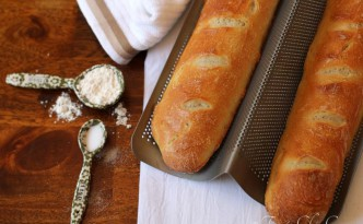 16French Baguettes