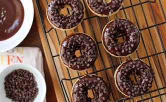 Chocolate Chip Doughnuts06