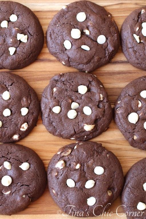 Chocolate Macadamia White Chip Cookies01
