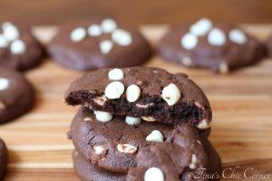 Chocolate Macadamia White Chip Cookies06